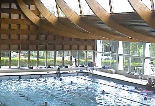 Le site touristique du creusot les loisirs la piscine for Porte local piscine